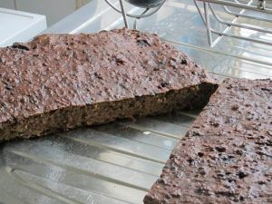 Cooked liver cake