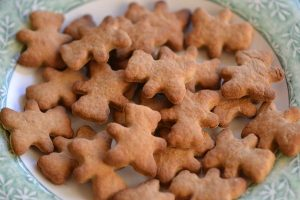 gingerbread men dog treats
